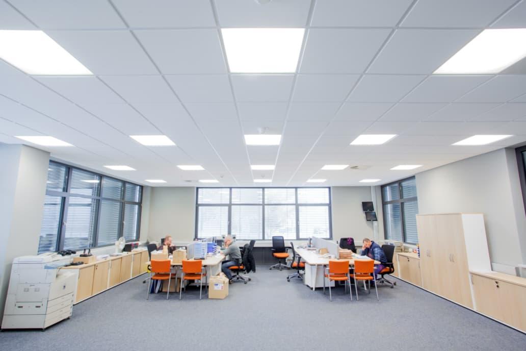 Modernizacja oświetlenia w biurze