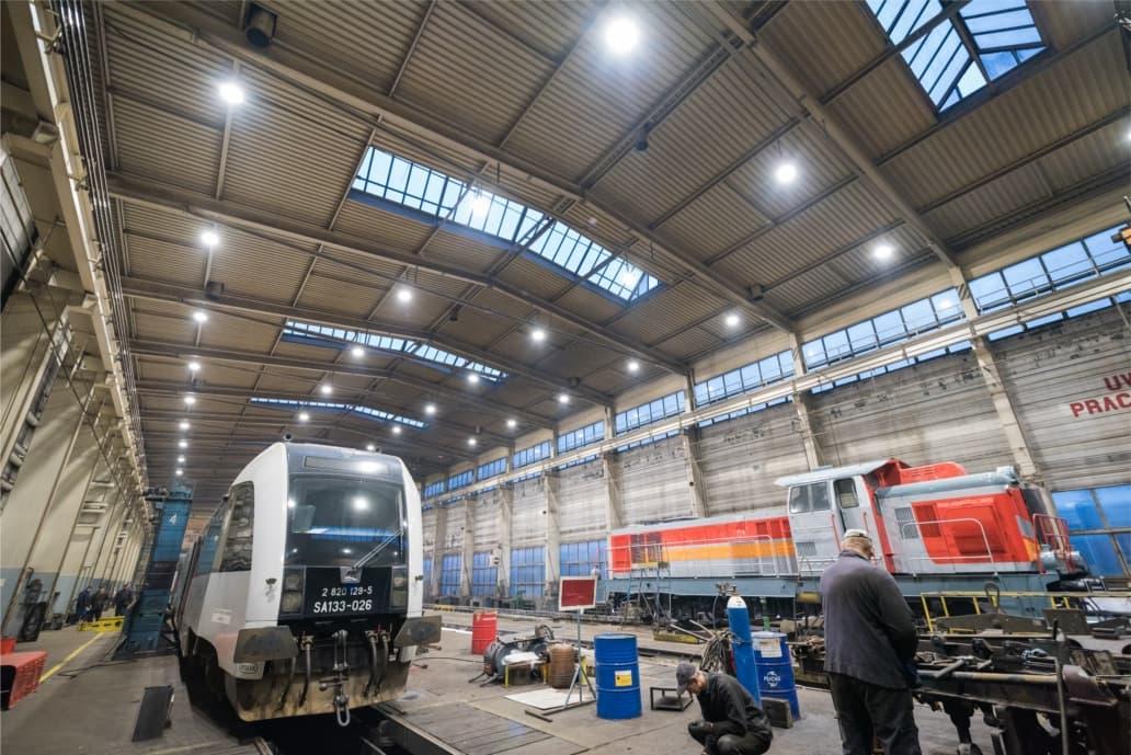 Modernizacja oświetlenia: Kolejowe Zakłady Usługowe w Chojnicach
