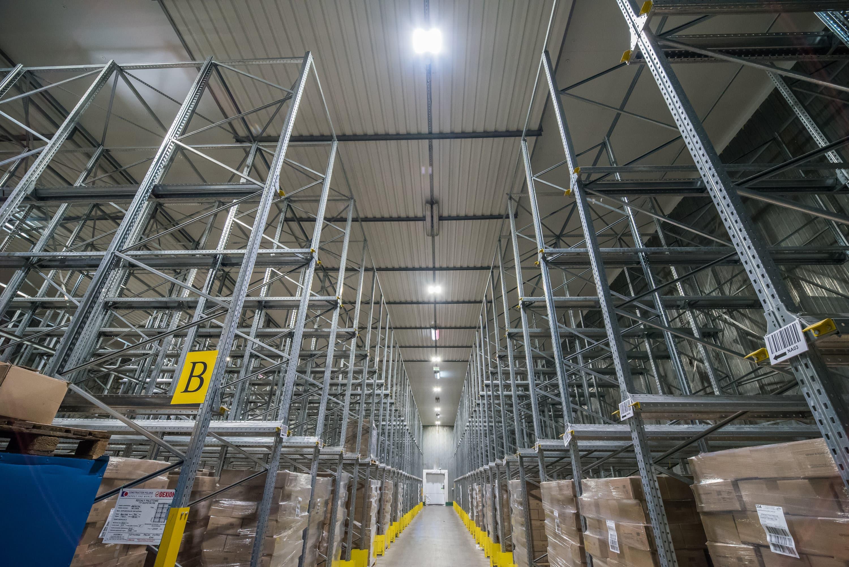 Oprawy przemysłowe Highbya w magazynie firmy Hortex - Luxon LED