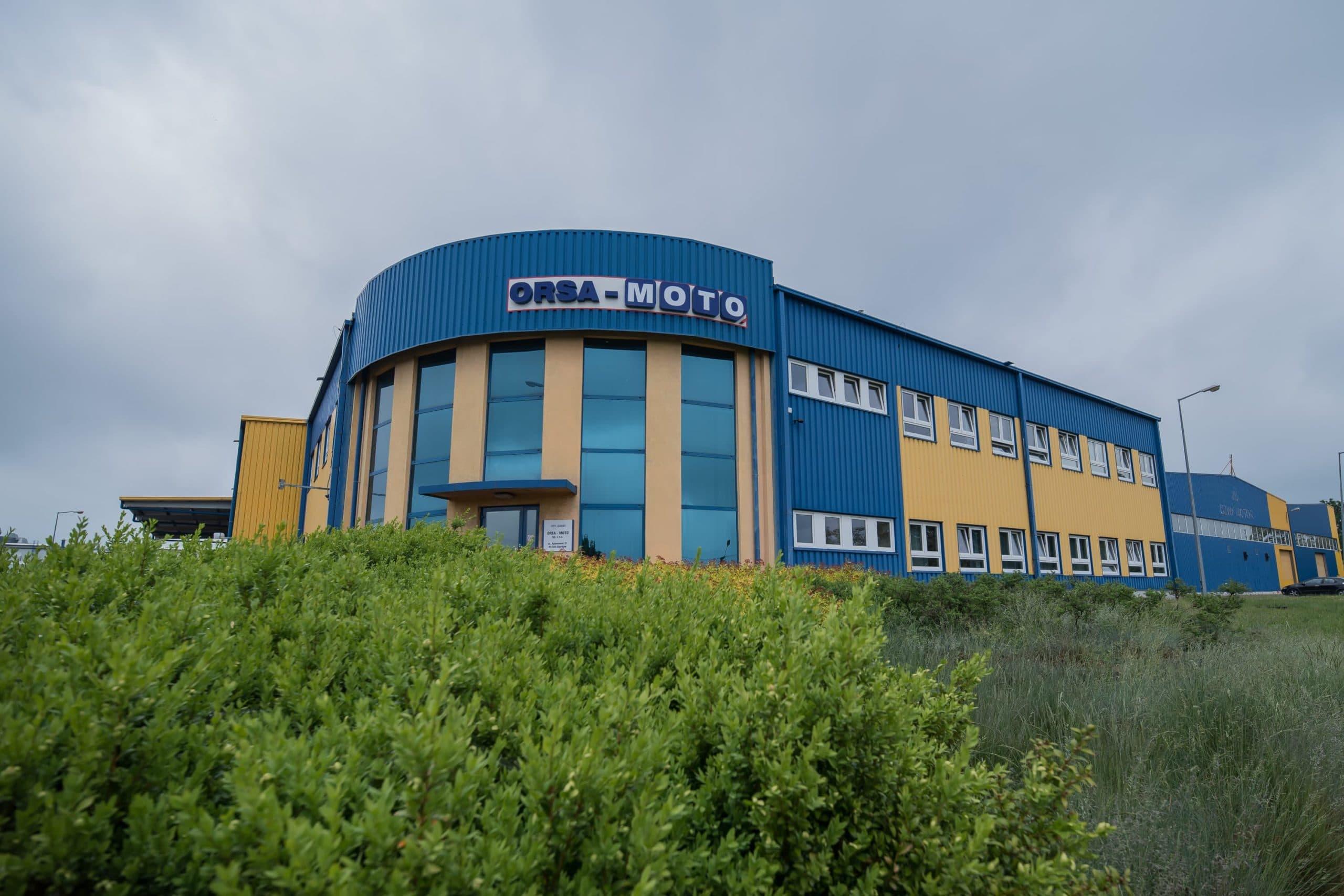 Budynek zmodernizowanej firmy Osa Moto - Luxon LED
