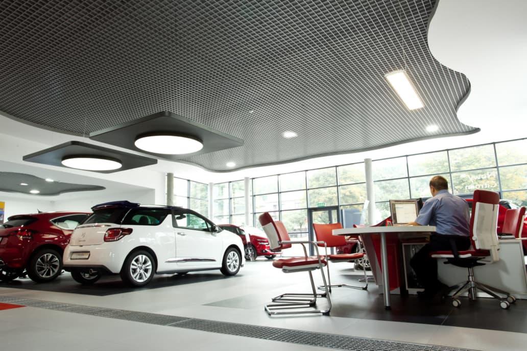 Oświetlenie handlowe salonu samochodowego marki Citroen - Luxon LED