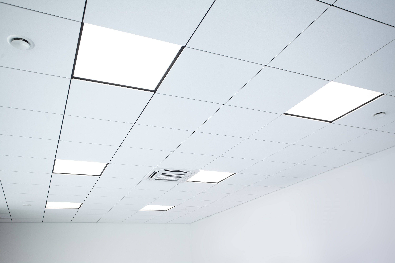 Oprawy biurowe Edge w biurowcu Goleniów - Luxon LED
