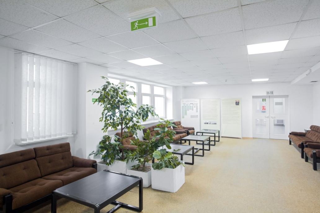 Zmodernizowane oświetlenie budynku Polskiej Akademii Nauk - Luxon LED