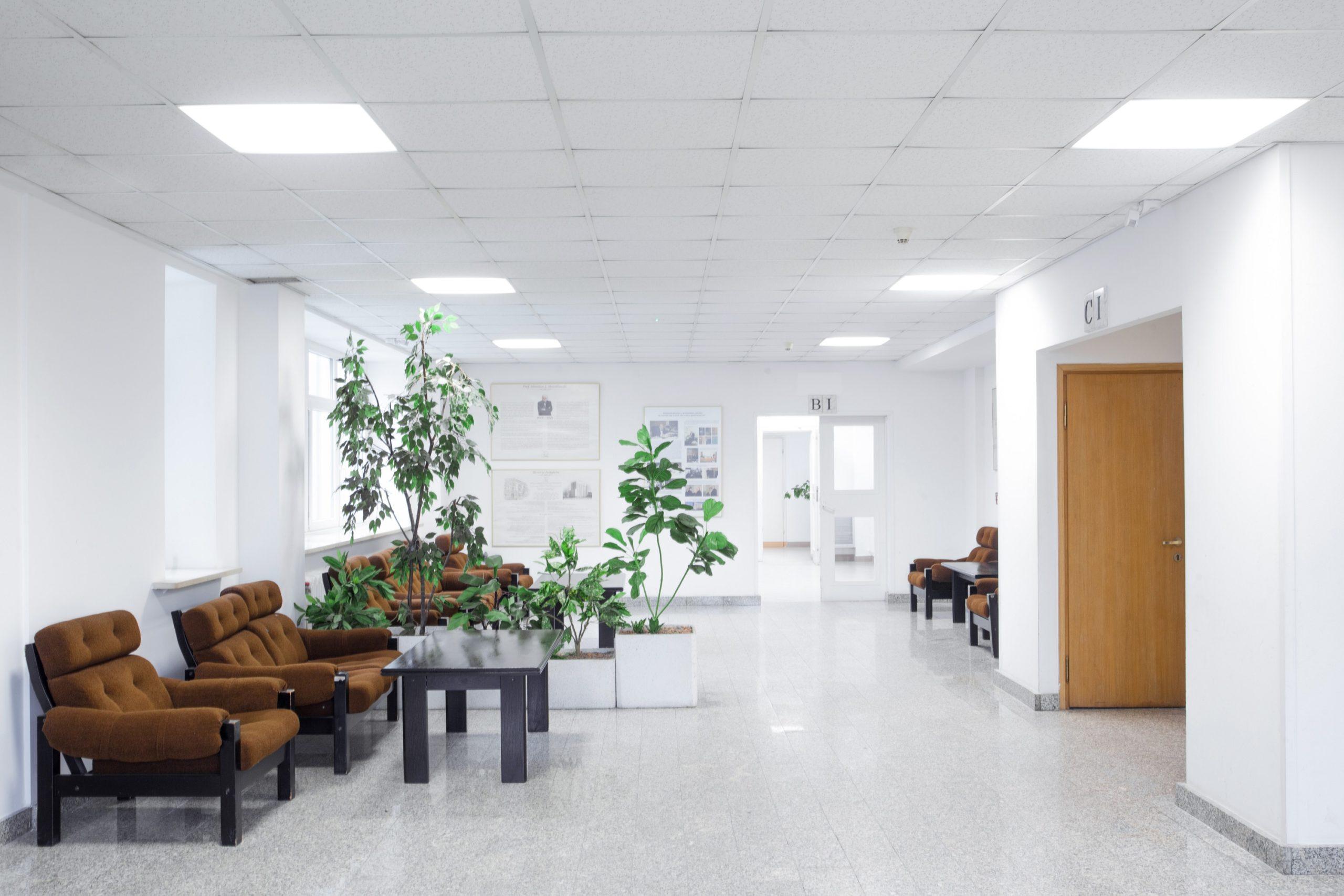 Oświetlenie biurowe Edge w Polskiej Akademii Nauk - Luxon LED
