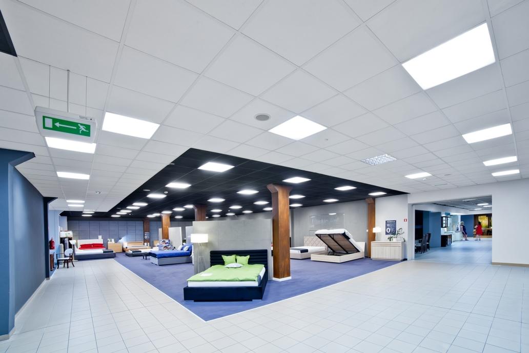 Panele ledowe Edge w handlowej częsci Galerii Wnętrz Domar - Luxon LED