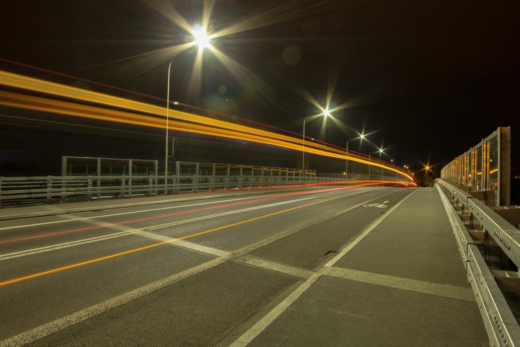 oświetlenie uliczne LED na wiadukcie, przy ul. Chociebuskiej