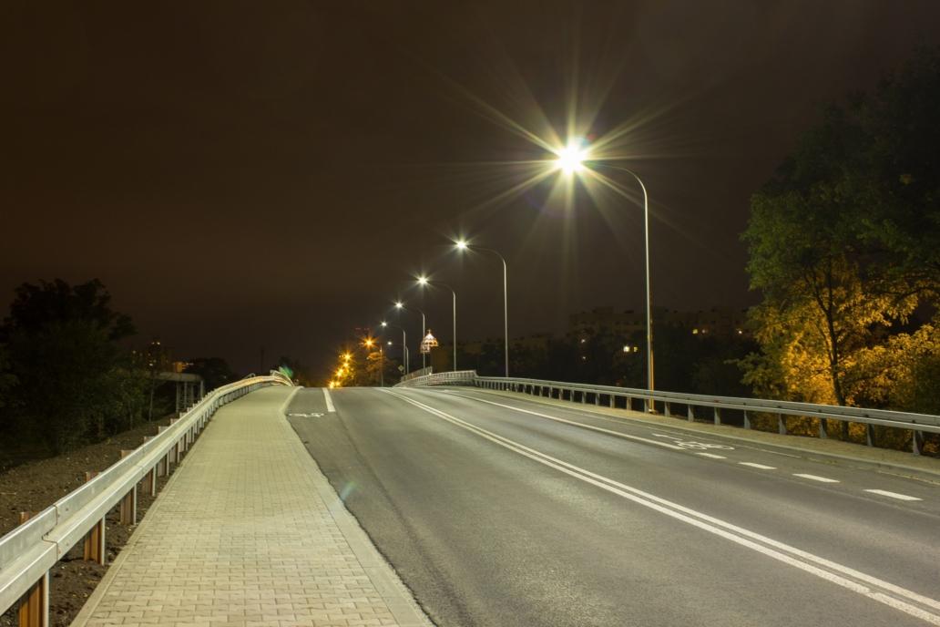 oprawy Cordoba na wiadukcie we Wrocławiu