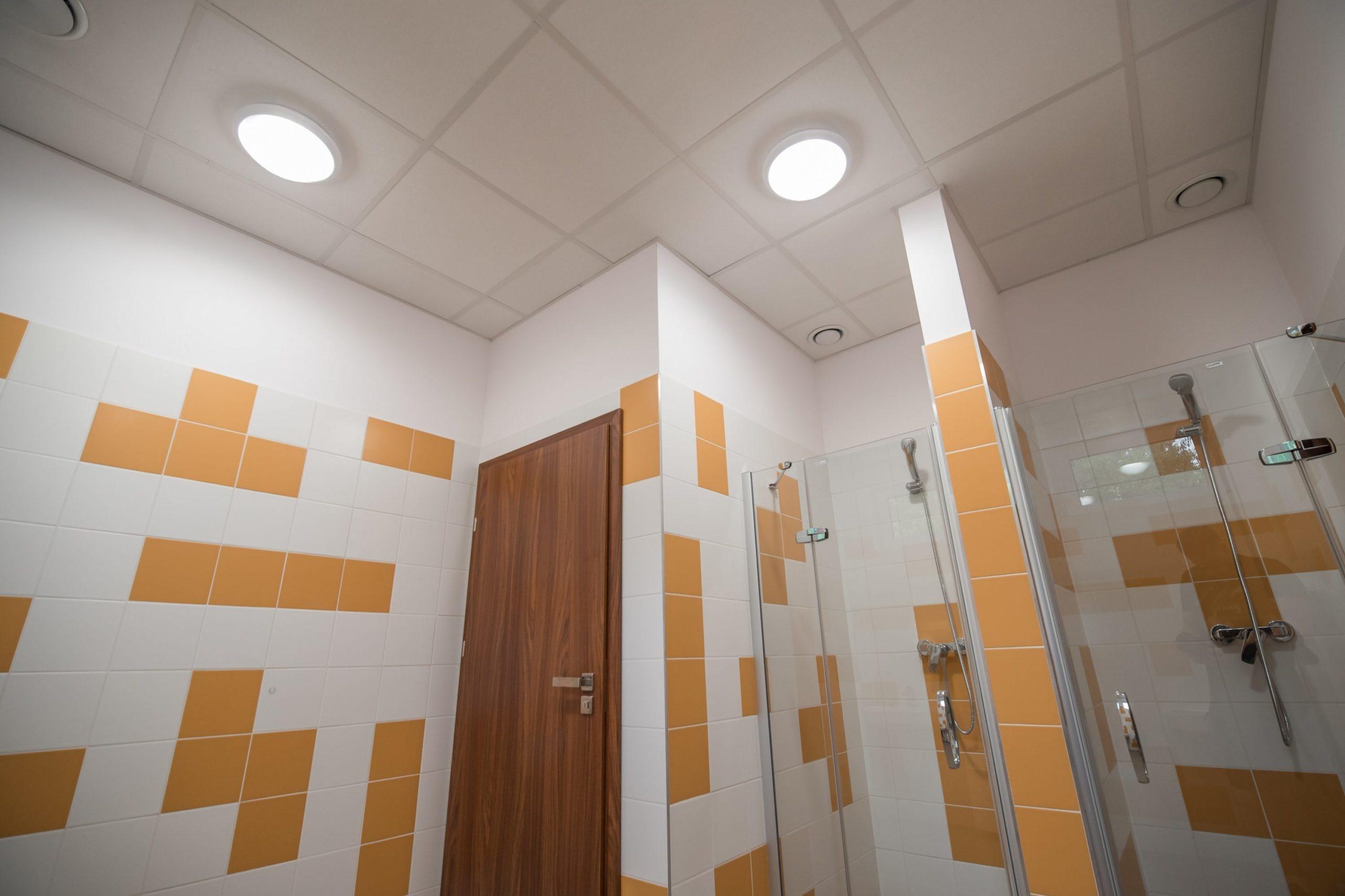 Oprawy Neptune w budynku firmy Agemar - Luxon LED