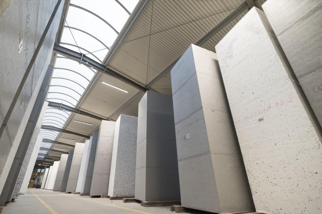Modernizacja oświetlenia w firmie Arbet - Oprawy Industrial - Luxon LED