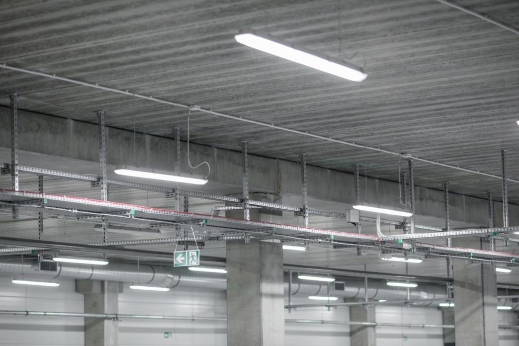 Oprawy przemysłowe Industrial w hali przemysłowej firmy Euroimpex - Luxon LED