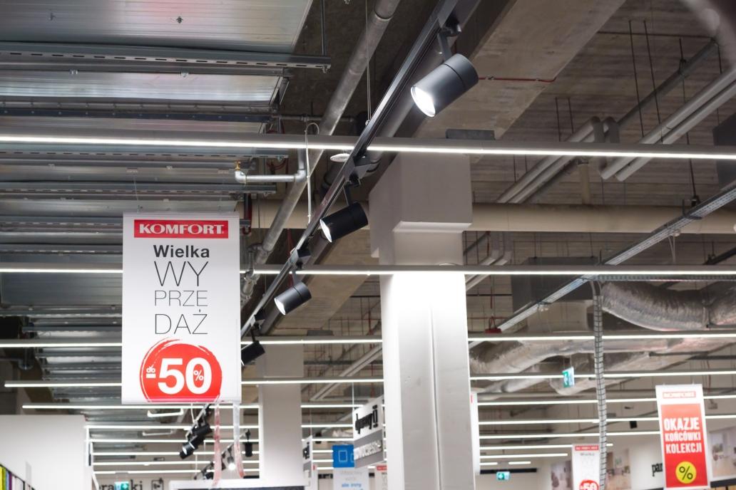 Oprawy handlowe Tracklight i Lumiline w sklepie Komfort - Luxon LED