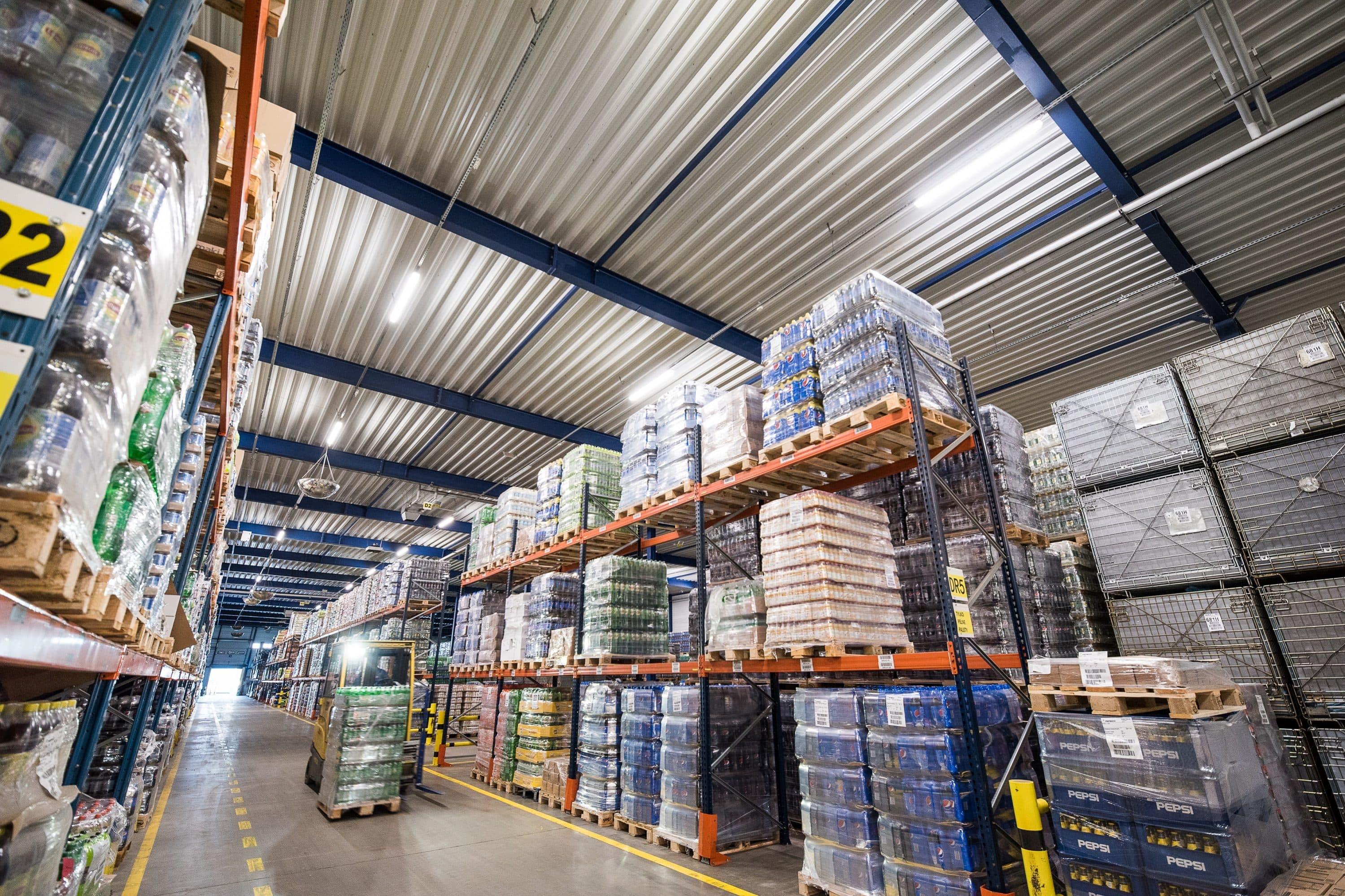 Oprawy przemysłowe Highbay w części przemysłowej firmy Pepsico - Luxon LED