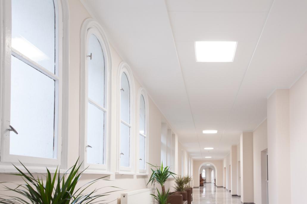 Oświetlenie biurowe Edge w budynku Uzdrowiska w Połczynie - Luxon LED